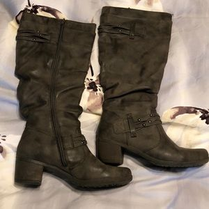 Size 8.5 - Tall Gray Boots. Has no-slip soles.